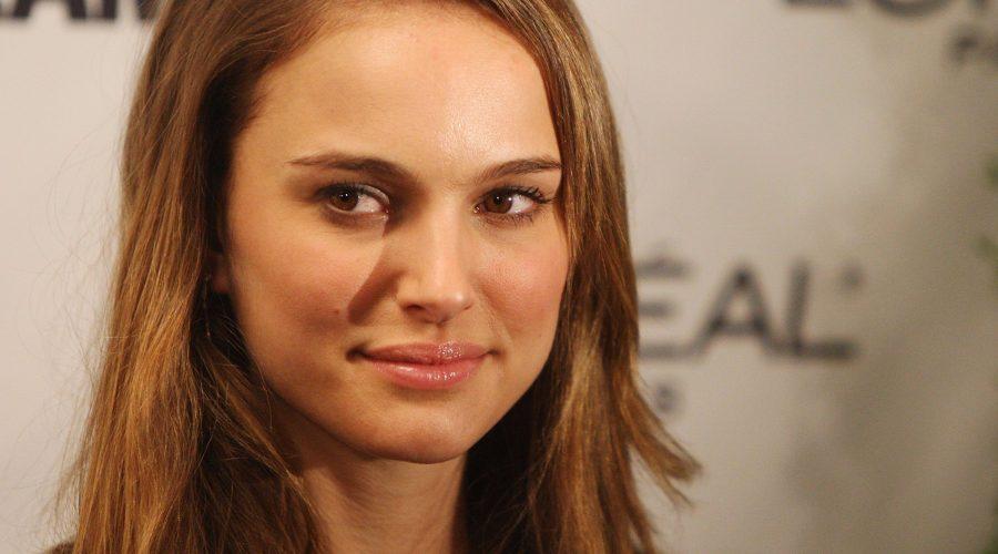 50-hottest-female-geniuses-on-earth