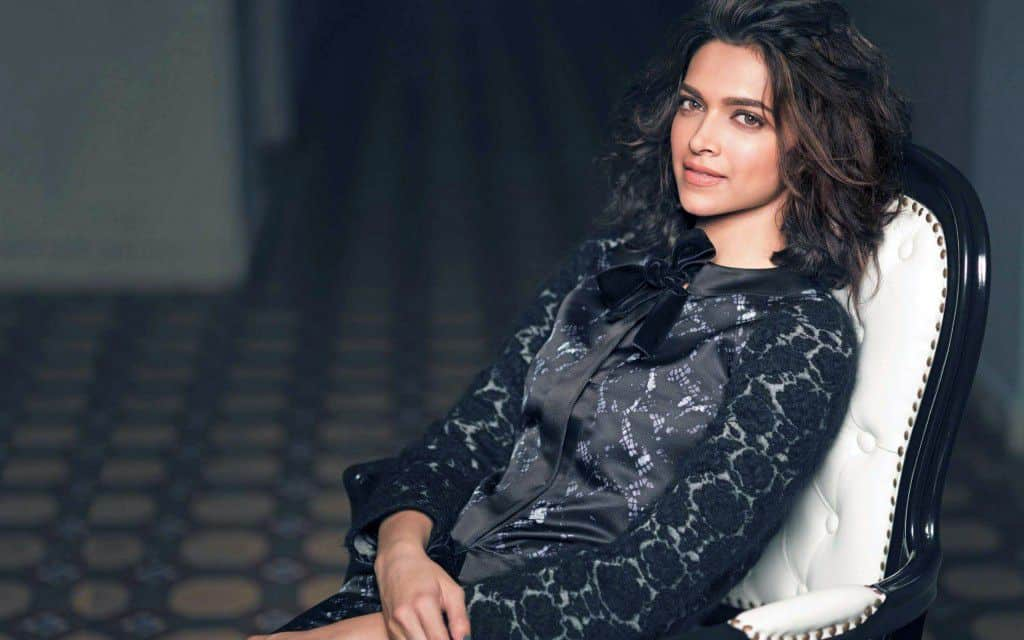 Top-10-highest-paid-female-celebrities-in-bollywood
