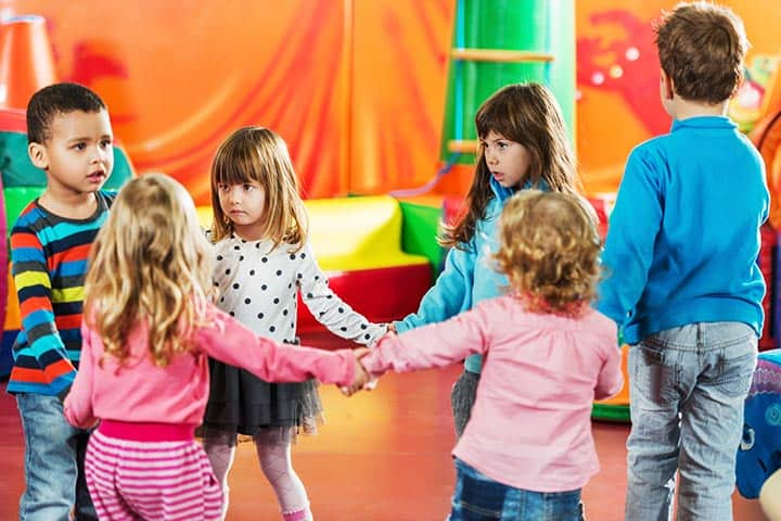 10 Cool And Fun Indoor Games For Kids