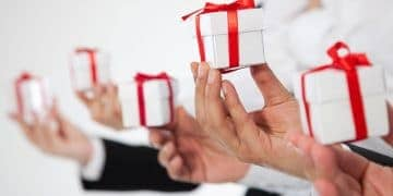 5 Reasons You Need to Practice Corporate Gifting in Your Place