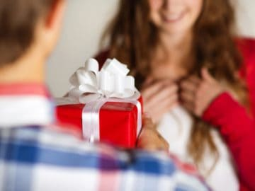 5 Best valentines day gifts for love of your life!