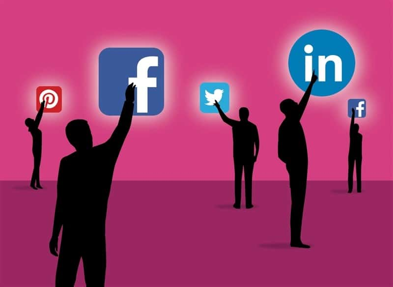 11 Benefits of Social Media on Individuals