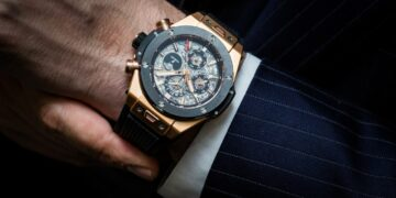 How To Spot a Fake vs Real Hublot Watch1
