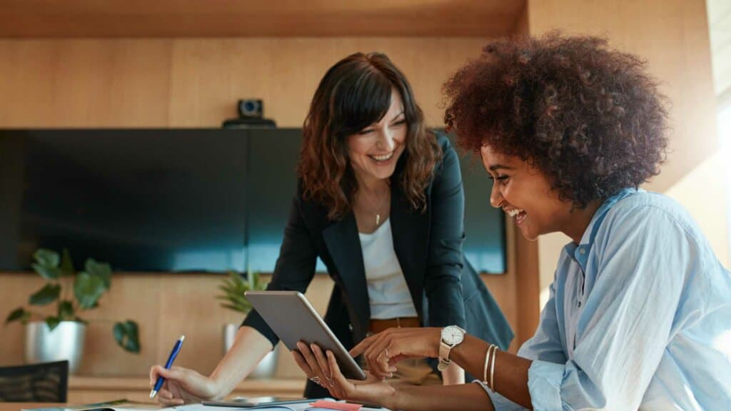 How To Make The Right Impression At A New Job During The First Few Months? 6